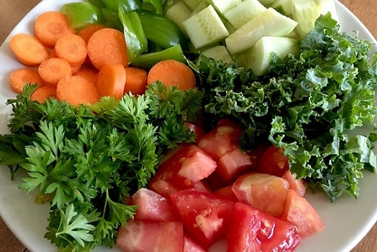 salad with parsley